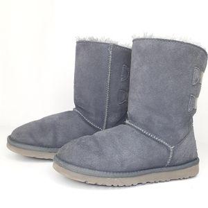 Ugg Boots Gray Short Ribbon Size 6.5 READ DESCRIPT